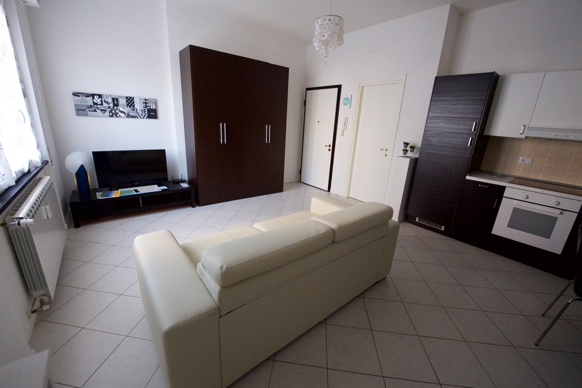 Appartamenti in affitto albissola appartamenti casalice for Affitto monolocale